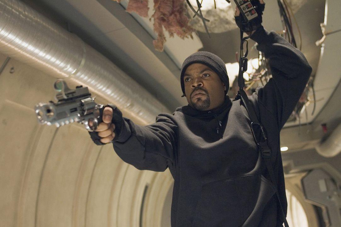 Das Schicksal der USA liegt in den Händen von xXx (Ice Cube) und einer gewieften Gang von Autodieben. Aber dort ist es gar nicht so schlecht aufgeh... - Bildquelle: 2005 Revolution Studios Distribution Company, LLC. All Rights Reserved.