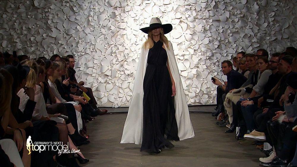 GNTM-09-Epi10-Casting-Fashion-Week_34