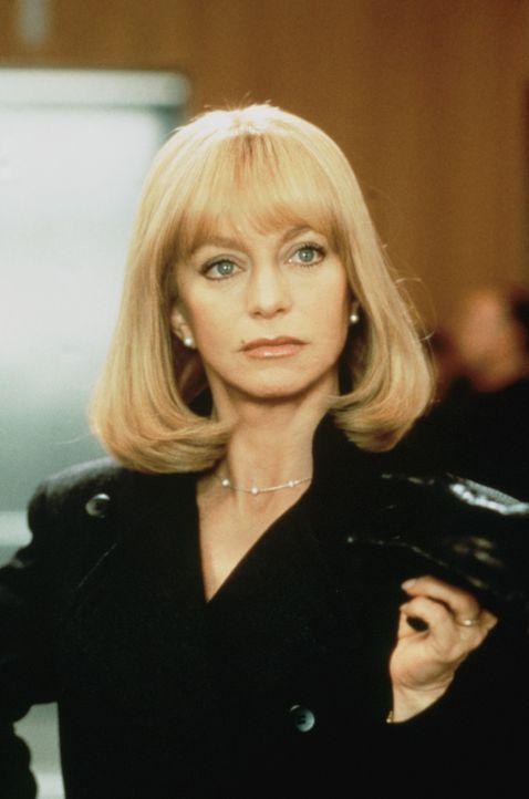 Nachdem auch das letzte Kind auf eigenen Füßen steht, will die einsame und frustrierte Nancy Clark (Goldie Hawn) ihrem Leben und ihrer Ehe neuen S... - Bildquelle: United International Pictures