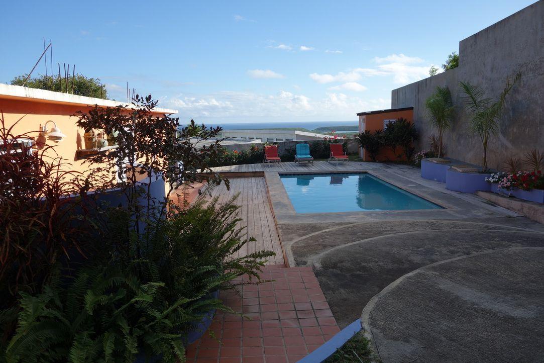 Für ihre Familie suchen Sarah und Jolyon auf der Insel Vieques ein Traumhaus, doch die beiden sind sich nicht einig darüber, wie ihr Traumhaus sein... - Bildquelle: 2014, HGTV/Scripps Networks, LLC. All Rights Reserved.
