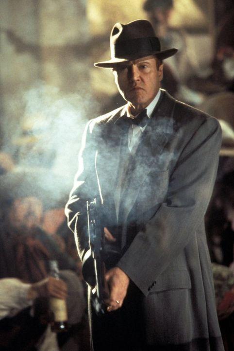 Der eiskalte Killer Hickey (Christopher Walken) will es sich nicht gefallen lassen, das ein Fremder in Jericho die Macht an sich reizt und fordert i... - Bildquelle: New Line Productions, Inc.