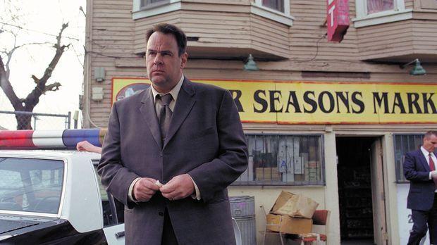 Der Detective Jack Grillo (Dan Aykroyd), der schon seit einiger Zeit einen Se...