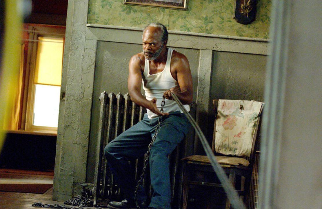 Eines Morgens findet der gläubige Bluessänger Lazarus (Samuel L. Jackson) die betrunkene Rae auf der Straße. Er nimmt sich ihrer an und glaubt, s... - Bildquelle: Copyright   2006 by PARAMOUNT VANTAGE, a Division of PARAMOUNT PICTURES. All Rights Reserved.