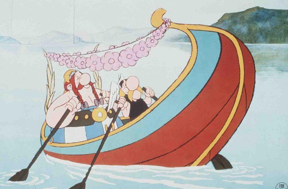 Asterix (r.) und Obelix (l.) erobern Rom ... - Bildquelle: Jugendfilm-Verleih GmbH