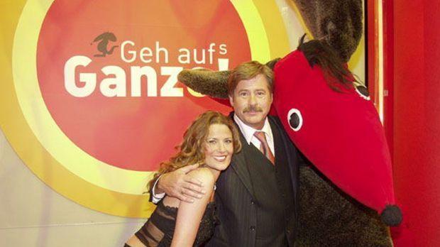 Jörg Draeger und Simone Dericks präsentieren die beliebte Gameshow 'Geh aufs...