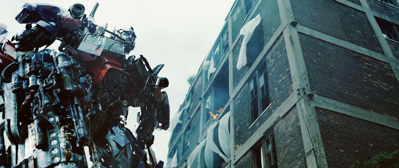 Optimus Prime (Bild) und seine Autobots müssen nicht nur die Menschheit und ihre Erde retten, sondern auch das gesamte Universum ... - Bildquelle: 2010 Paramount Pictures Corporation.  All Rights Reserved.