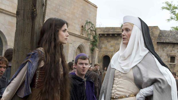 Nachdem Petranilla William vergiftet hat, aber die Schuld Caris (Charlotte Ri...