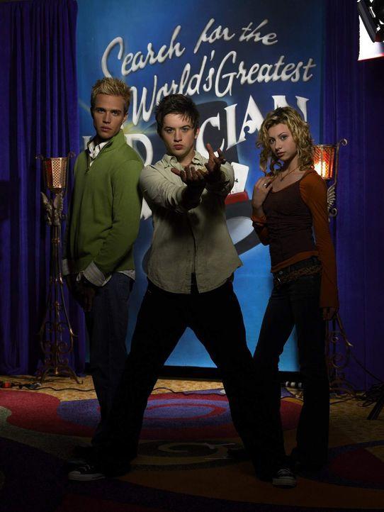 Kämpfen in der Show der jungen Fernsehproduzentin Allyson Miller (Alyson Michalka, r.) um den Sieg: die jungen Zauberer Danny Sinclair (Johnny Paca... - Bildquelle: The Disney Channel