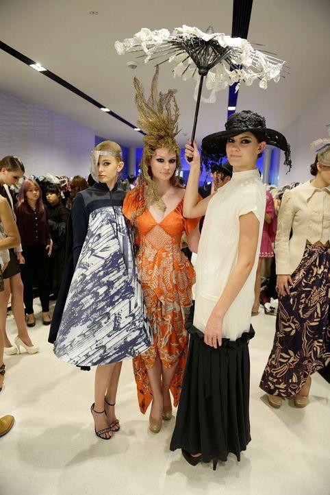 GNTM-Stf09-Epi02-Fashion-Show-10-ProSieben-Oliver-S-TEASER - Bildquelle: ProSieben/Oliver S.