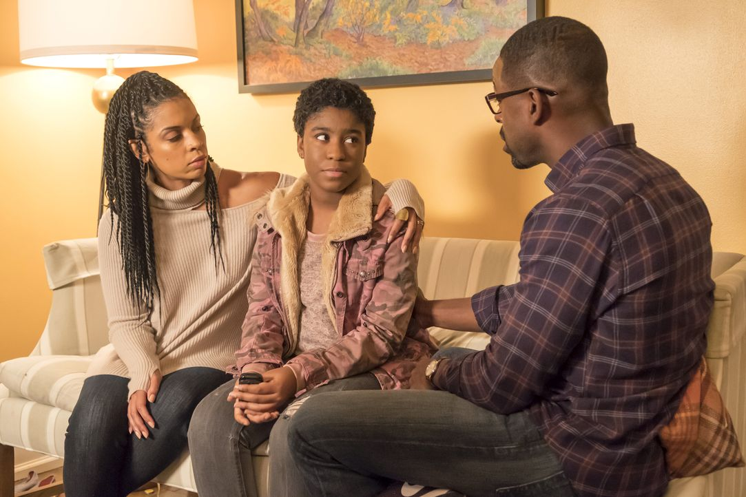 (v.l.n.r.) Beth Pearson (Susan Kelechi Watson); Déjà (Lyric Ross); Randall Pearson (Sterling K. Brown) - Bildquelle: Ron Batzdorff 2017-2018 NBCUniversal Media, LLC.  All rights reserved.