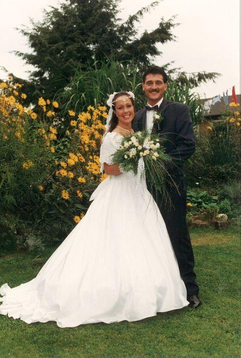 Es ist schon einige Jahre her, dass sich das Brautpaar Kröger das Ja-Wort gegeben hat. Jetzt soll dieser schöne Tag noch einmal wiederbelebt werden... - Bildquelle: privat