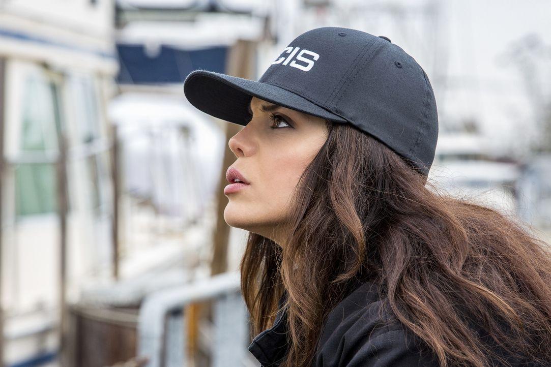 Wird Special Agent Gregorio (Vanessa Ferlito) den Hacker finden, bevor er weiteres Unheil anrichten und unzählige Leben für immer zerstören kann? - Bildquelle: Skip Bolen 2016 CBS Broadcasting, Inc. All Rights Reserved