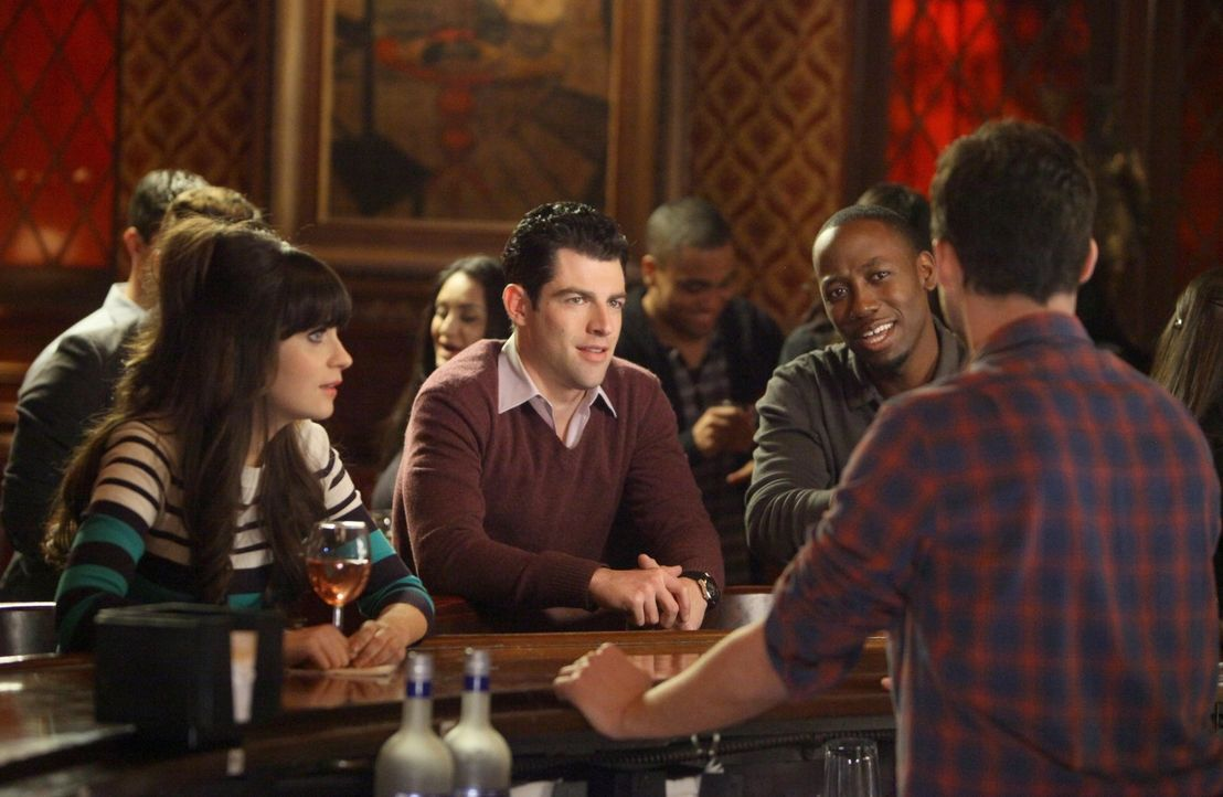 Gute Freunde: Jess (Zooey Deschanel, l.), Schmidt (Max Greenfield, 2.v.l.), Nick (Jake M. Johnson, r.) und Winston (Lamorne Morris, 2.v.r.) ... - Bildquelle: 2012 Twentieth Century Fox Film Corporation. All rights reserved.