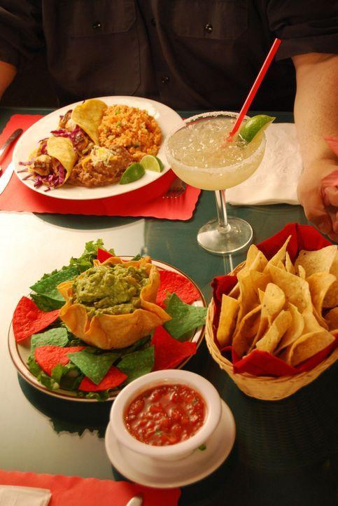 """Bei """"Rund ums Essen: Tortilla & Tequila"""" dreht sich alles um mexikanische Gerichte. Moderator Bobby Bognar reist nach Mexiko, um dort unter anderen,... - Bildquelle: Courtesy Actuality Productions"""