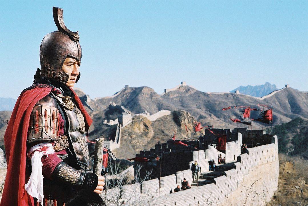 In seinen Träumen ist der Archäologe Dr. Jack Chan (Jackie Chan) ein seit 2000 Jahren toter, mächtiger chinesischer General ist, der sich auf ein... - Bildquelle: Splendid