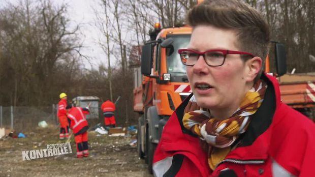 Achtung Kontrolle - Achtung Kontrolle! - Dem Müll Auf Der Spur - Die Mülldetektivin In Augsburg