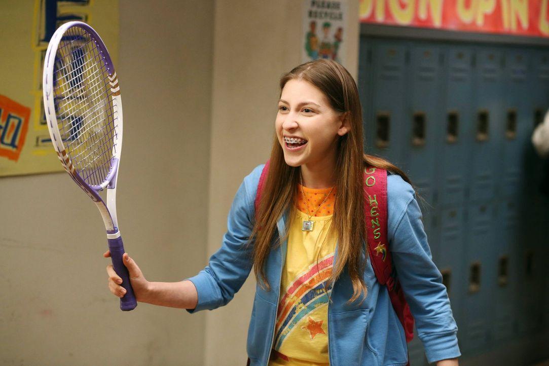 Weil Sue (Eden Sher) beim Tennis viel zu nett zu ihren Gegnern ist, will Mike sie abhärten. In der Zwischenzeit versuchen Axl und Cassidy, ihre Bezi... - Bildquelle: Warner Brothers