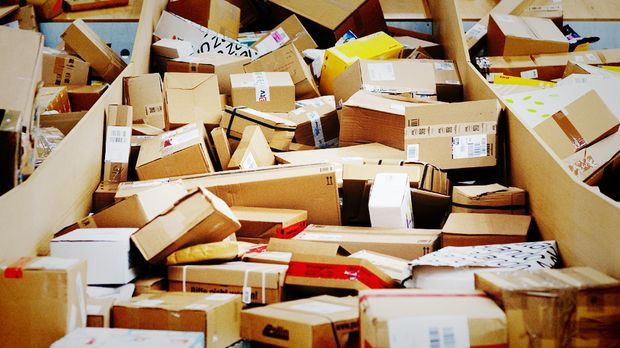 Paket-Aerger_940x516_dpa