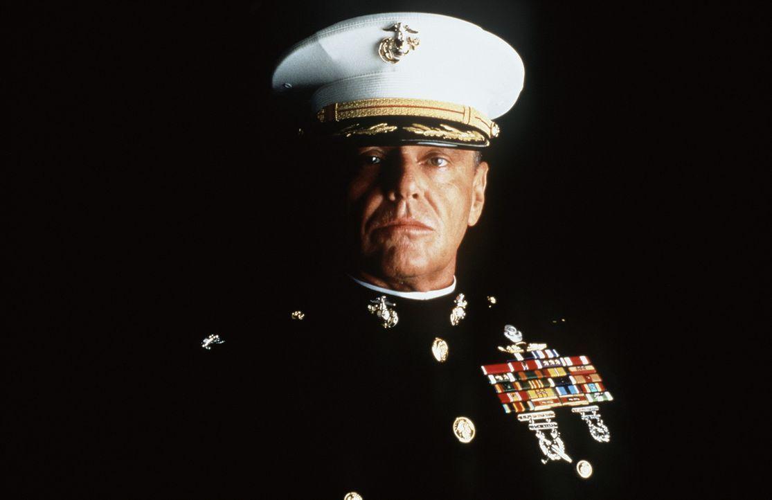 Col. Nathan R. Jessep (Jack Nicholson) ist ein ehrgeiziger, bis ins Mark überzeugter Militarist. Er ist überzeugt davon, dass die Anwendung des 'C... - Bildquelle: Columbia Pictures