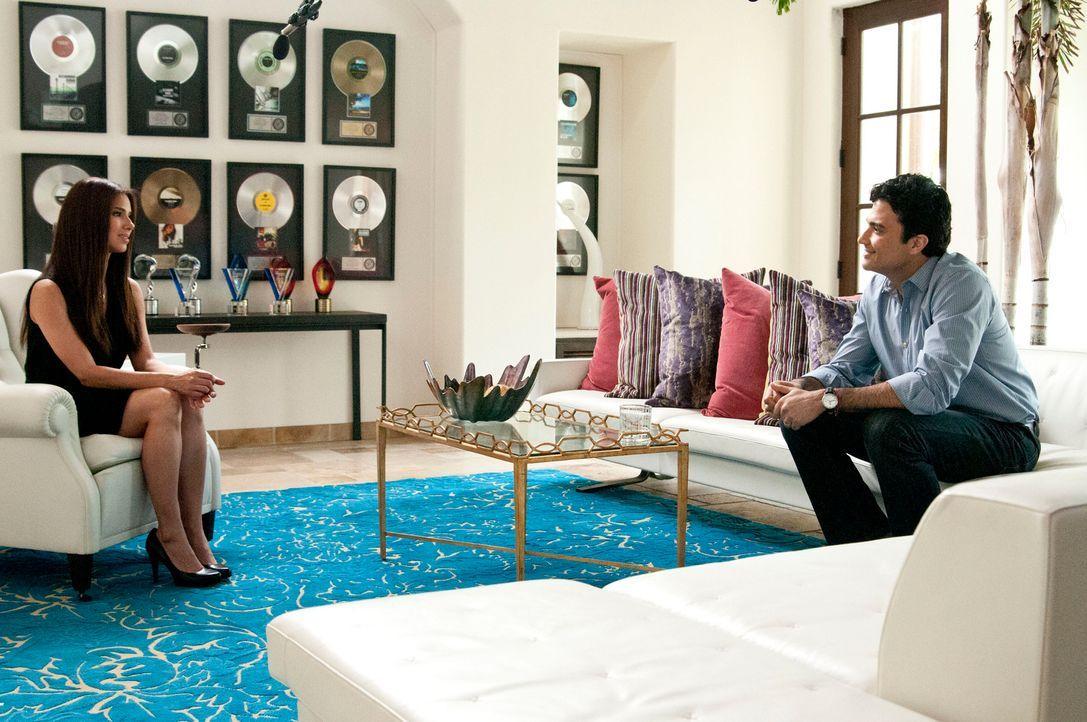 Während Marisol und Eddy Erstaunliches über Flora herausfinden, das in der Gerichtsverhandlung von entscheidender Bedeutung sein kann, taucht plötzl... - Bildquelle: ABC Studios