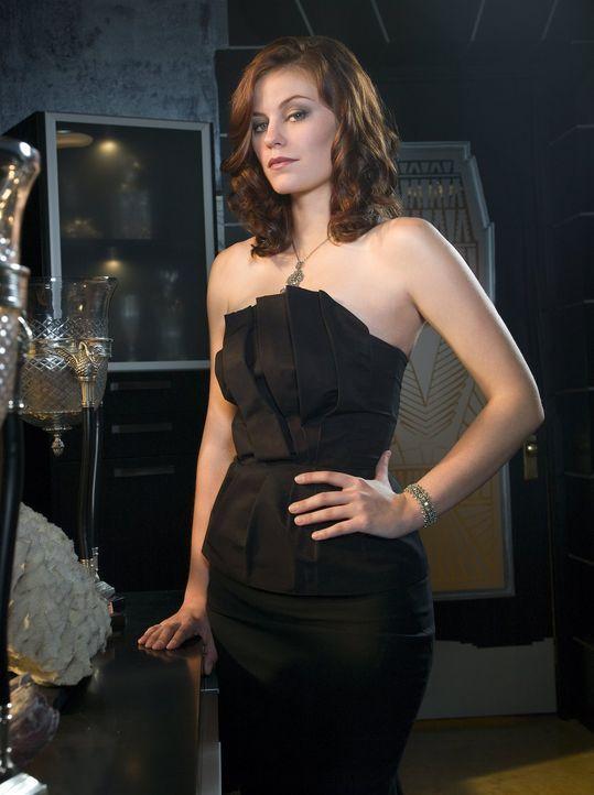 Steht vor einer großen Herausforderung: die neue Chefin von Lex' Firma, Tesse (Cassidy Freeman) ... - Bildquelle: Warner Bros.