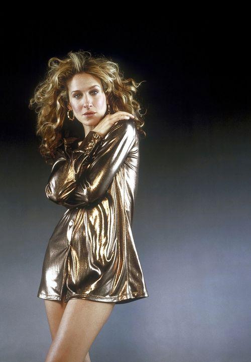 (3. Staffel) - Um sich von ihren gescheiterten Beziehungen zu erholen, stürzt sich Carrie (Sarah Jessica Parker) in das pulsierende Nachtleben von M... - Bildquelle: Paramount Pictures