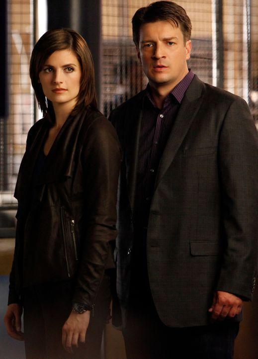 Ein Serienmörder ist offenbar besessen von Nikki Heat, widmet ihr seine Morde und stellt Beckett (Stana Katic, l.) alias Nikki immer wieder vor neue... - Bildquelle: ABC Studios