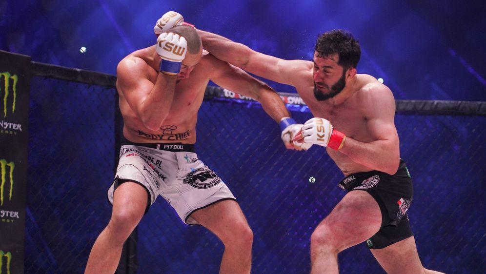Mamed Khalidov (re.) will Revanche gegen Tomasz Narkun - Bildquelle: KSW MMA
