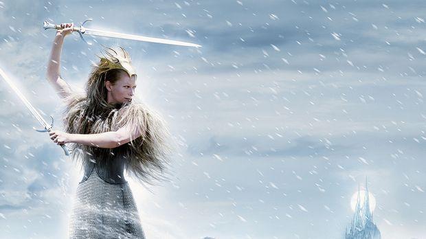 Die weiße Hexe (Tilda Swinton) versetzt die Bewohner von Narnia in Angst und...