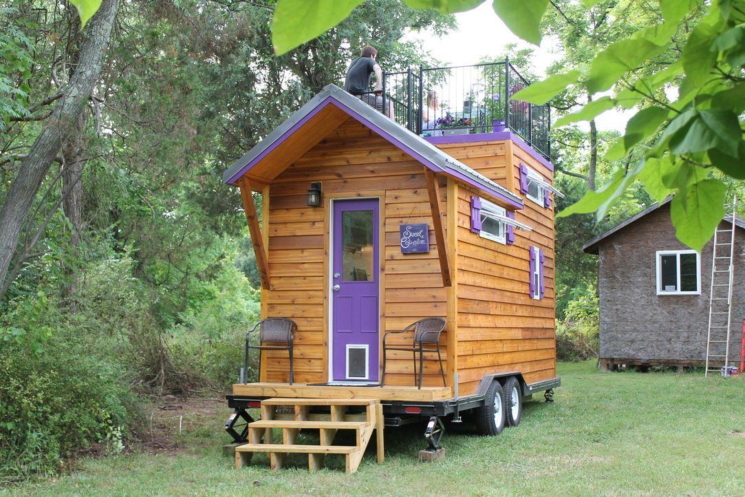 Jenn kreiert ein einzigartiges Minihaus mit einer Dachterrasse, einer Frühstücksbar, versteckter Waschmaschine und Trockner sowie vielen praktischen... - Bildquelle: 2015, HGTV/Scripps Networks, LLC. All Rights Reserved