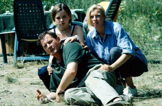 Urlaub auf Leben und Tod - Eine Familie hält zusammen - Carla (Michaela Merte...