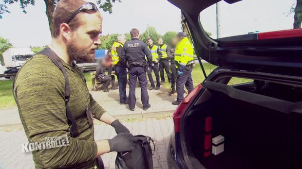 Achtung Kontrolle - Achtung Kontrolle! - Thema U.a.: Drogenkuriere - Großkontrolle An Der Grenze