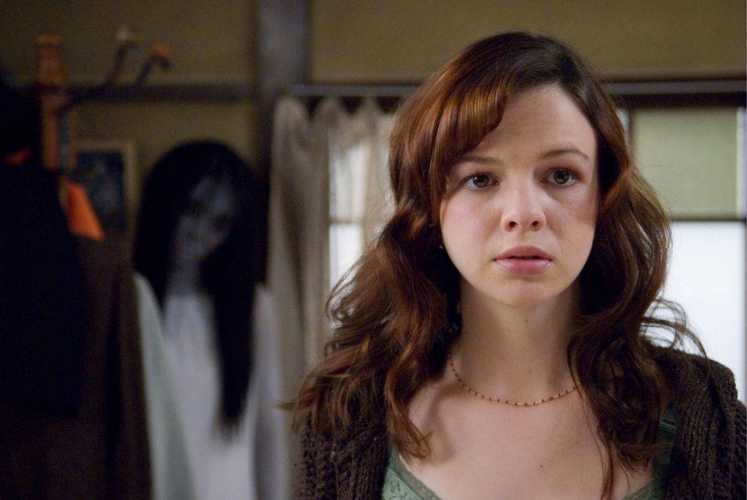 Aubrey (Amber Tamblyn) ist nach Tokio gereist, um ihre Schwester nach Hause zu holen. Als diese stirbt, stellt Aubrey Nachforschungen an. Doch je me... - Bildquelle: Ghost House Pictures