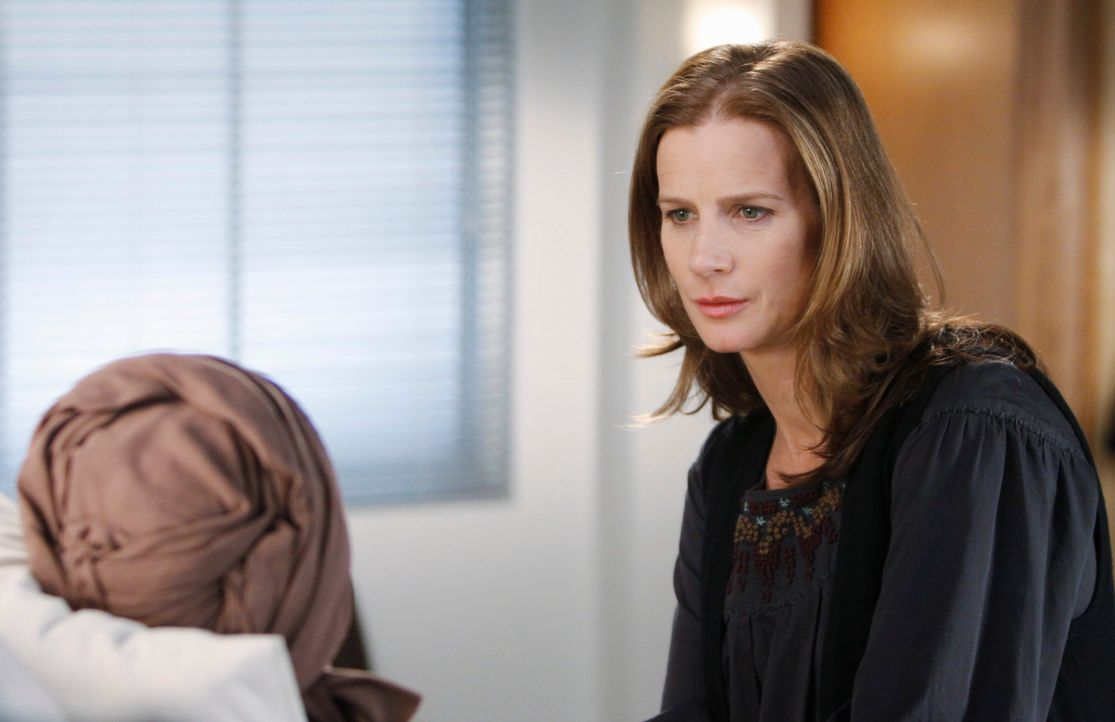 Spricht Kitty Mut zu: Sarah (Rachel Griffiths) - Bildquelle: 2009 American Broadcasting Companies, Inc. All rights reserved.