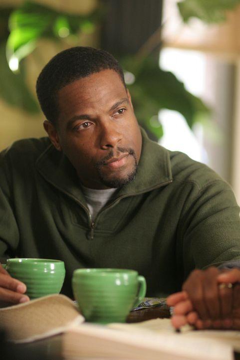 Marcus Johnson (Joseph C. Phillips) steht seiner Frau stets mit Rat und Tat zur Seite ... - Bildquelle: Warner Bros. Entertainment Inc.