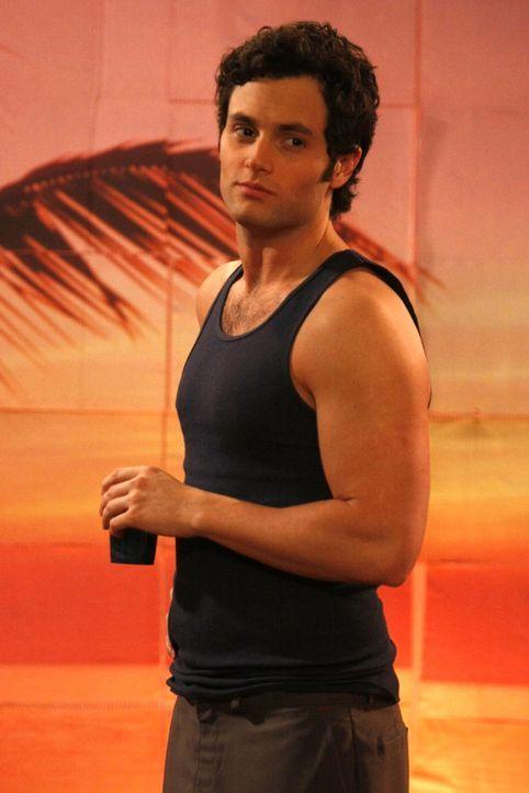 Sehnsuchtsvoll beobachtet Dan (Penn Badgley) Vanessa - hätte er ihr doch nie so wehgetan. - Bildquelle: Warner Brothers