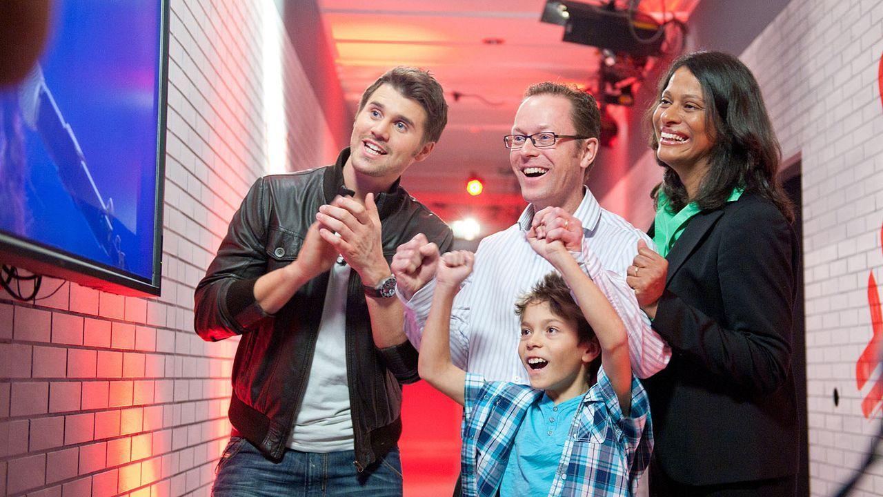 The-Voice-Kids-s01e01-Maira-040 - Bildquelle: SAT.1/Andre Kowalski