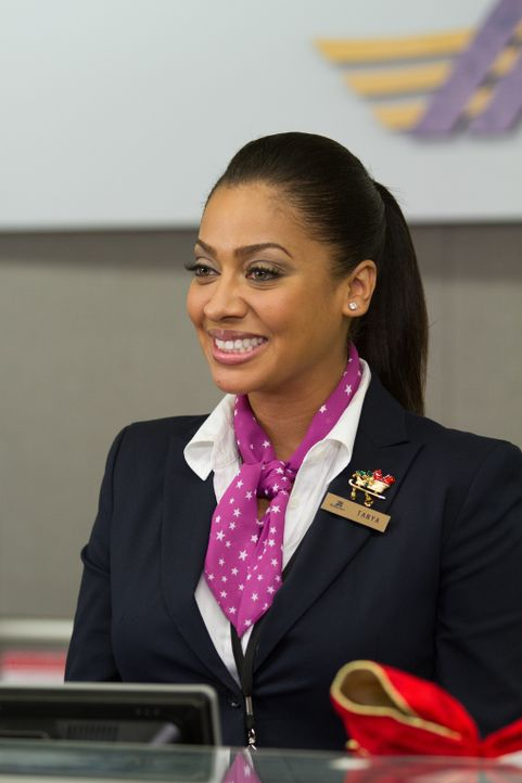 Tanya (LaLa Anthony) soll die Augen offen halten und Montana sofort Bescheid geben, wenn ein Ex-Freund der hübschen Stewardess einreist - denn Monta... - Bildquelle: 2013 Twentieth Century Fox Film Corporation.  All rights reserved.