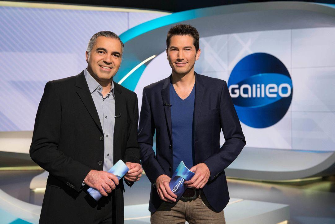 """""""Galileo"""" das Wissensmagazin wird von Aiman Abdallah (l.) und Stefan Gödde (r.) präsentiert. - Bildquelle: Benedikt Müller ProSieben"""