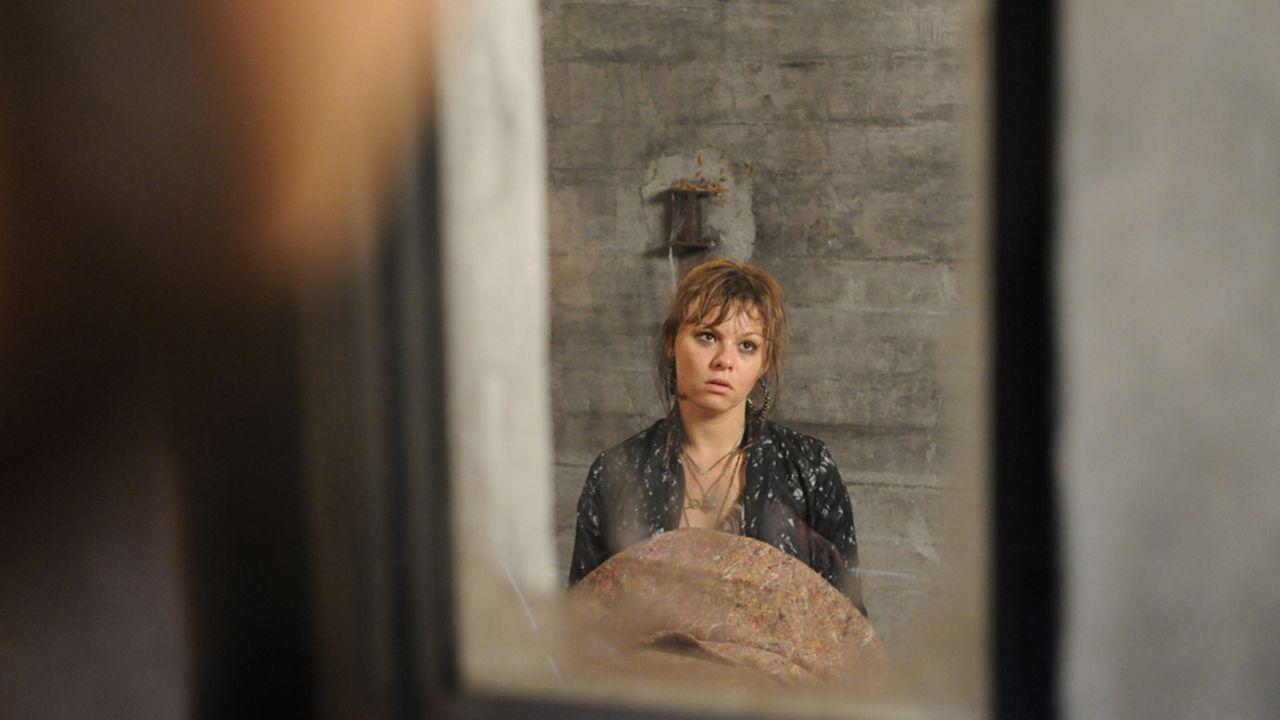 Anna-und-die-Liebe-Folge-725-02-Sat1-Claudius-Pflug - Bildquelle: SAT.1/Claudius Pflug