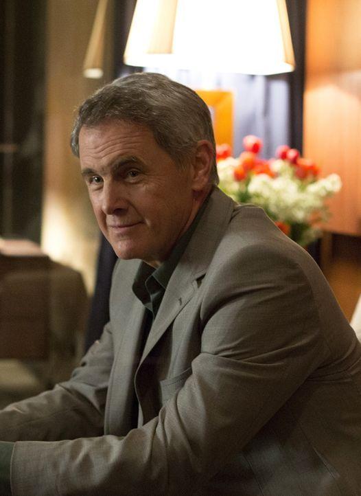 Wird herauskommen, dass er für den pakistanischen Geheimdienst arbeitet? Dennis Boyd (Mark Moses) ... - Bildquelle: 2014 Twentieth Century Fox Film Corporation