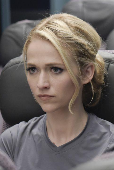 Die Rekruten bekommen eine Aufgabe, die Shelby (Johanna Braddy) sehr nahe geht ... - Bildquelle: Philippe Bosse 2015 ABC Studios