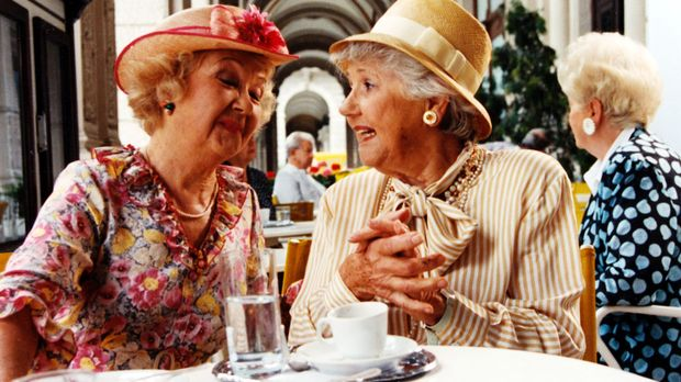 Im Wiener Nobelbezirk verschwinden spurlos allein stehende ältere Damen. Auch...