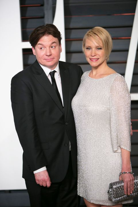 Oscars-Vanity-Fair-Party-Mike-Myers-Kelly-Tisdale-150222-AFP - Bildquelle: AFP