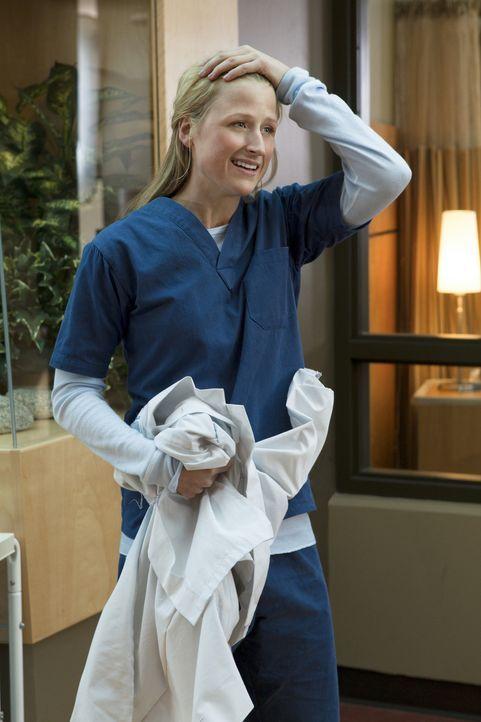 Noch ahnt Emily (Mamie Gummer) nicht, dass ihre Highschool-Feindin Cassandra ebenfalls im Denver Memorial Krankenhaus ihre Ausbildung beginnt ... - Bildquelle: 2012 The CW Network, LLC. All rights reserved.