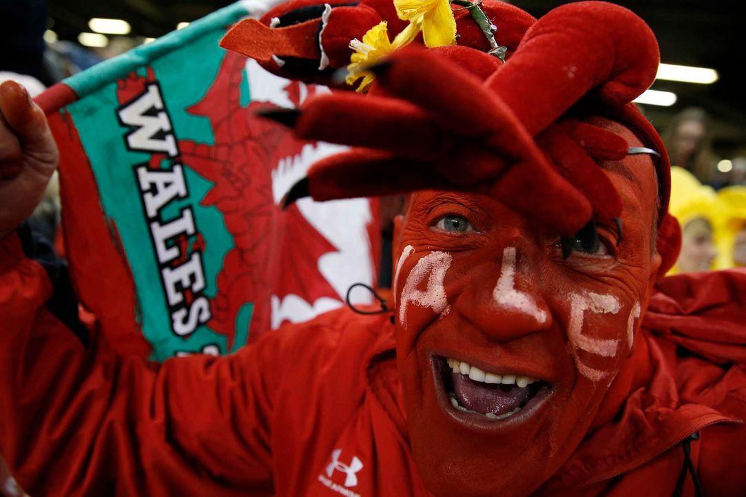 Fußball-Fan-Wales-150906-2-AFP - Bildquelle: AFP
