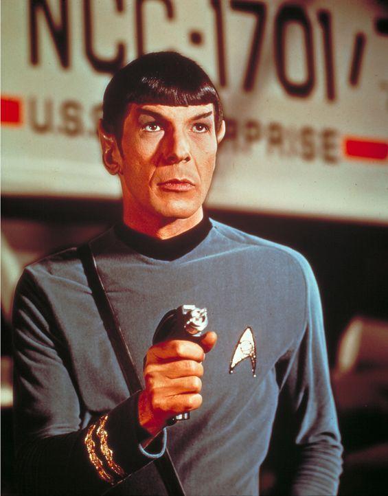 Cmdr. Spock (Leonard Nimoy) kommt als Wissenschaftsoffizier gerade noch rechtzeitig auf die Enterprise … - Bildquelle: Paramount Pictures