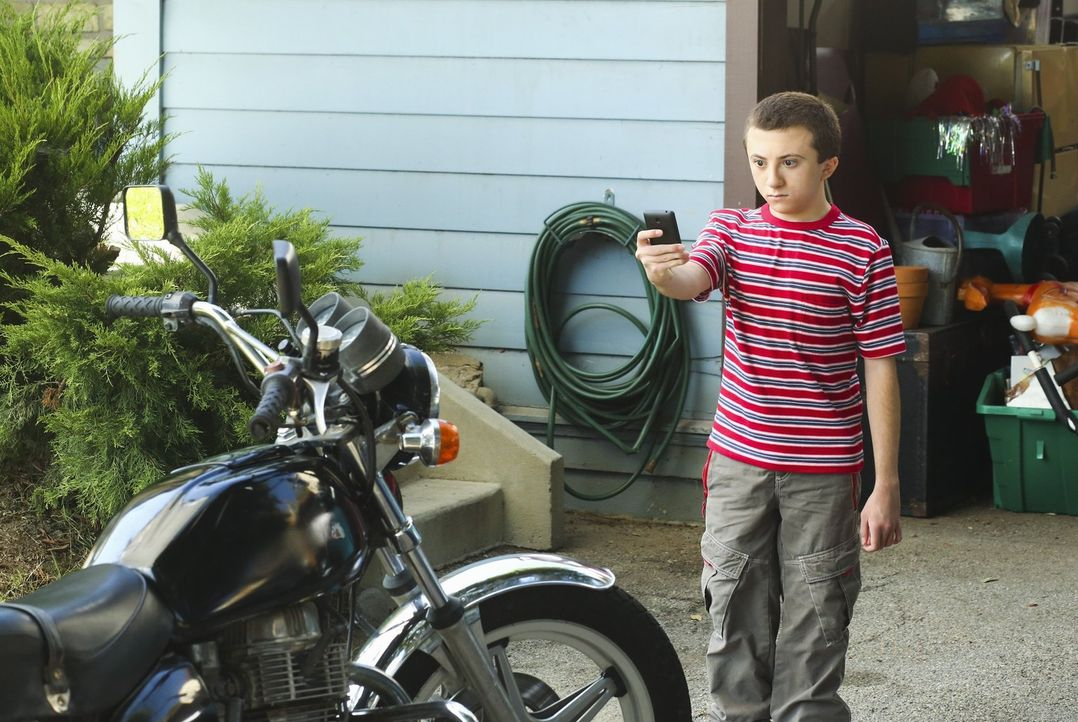 Brick (Atticus Shaffer) - Bildquelle: Warner Brothers