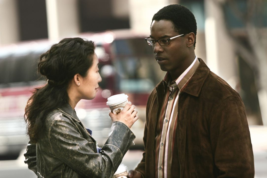 """Planen ein """"normales"""" Date: Burke (Isaiah Washington, r.) und Cristina (Sandra Oh, l.) ... - Bildquelle: Touchstone Television"""