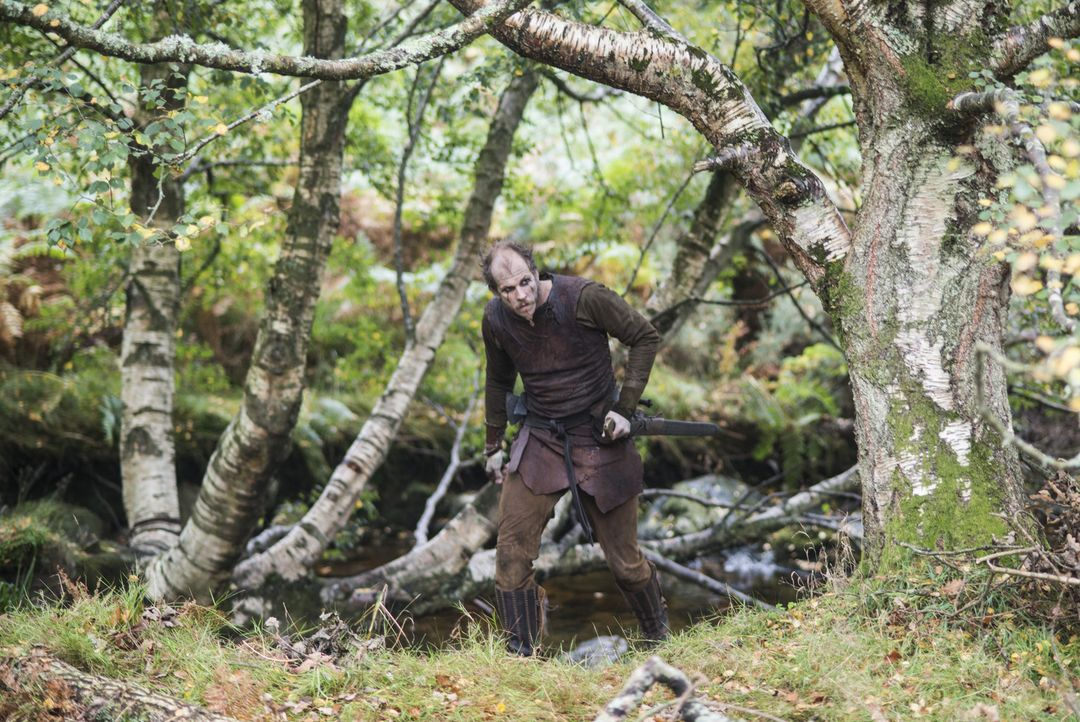 Treibt ein undurchsichtiges Spiel: Floki (Gustaf Skarsgard) ... - Bildquelle: 2014 TM TELEVISION PRODUCTIONS LIMITED/T5 VIKINGS PRODUCTIONS INC. ALL RIGHTS RESERVED.